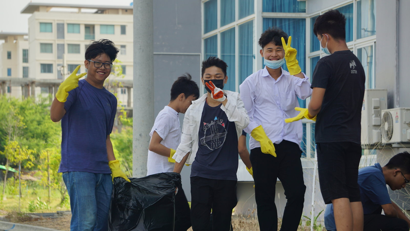 Cleaning Drive 16